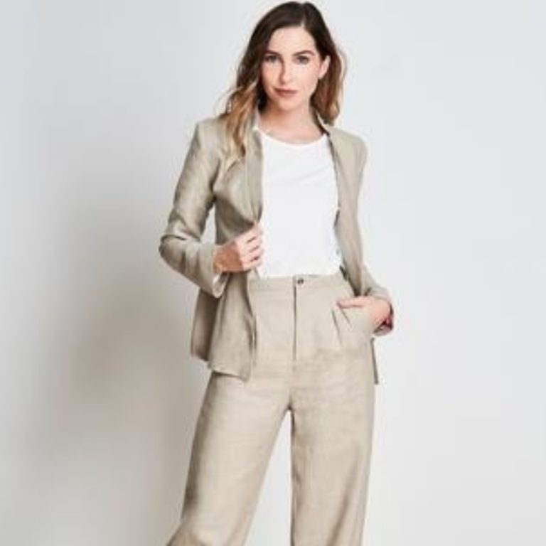Ethical_Brand_Directory_GaiaDubos_PantSuit