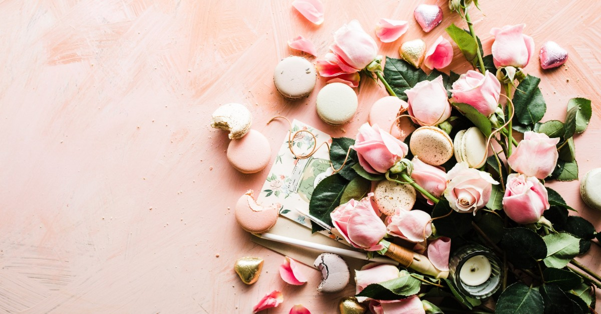 Flowers | bunch of roses | Valentines | Self care | feminism | inspiring women | incredible women | ethical fashion