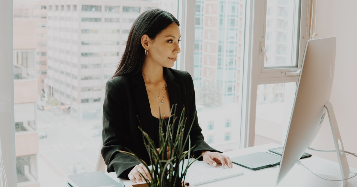 Fashion Tips For Women | Professional Woman Wearing Black Blazer at Office | 10 Style Tips for Busy Women, Roberta Style Lee Blog